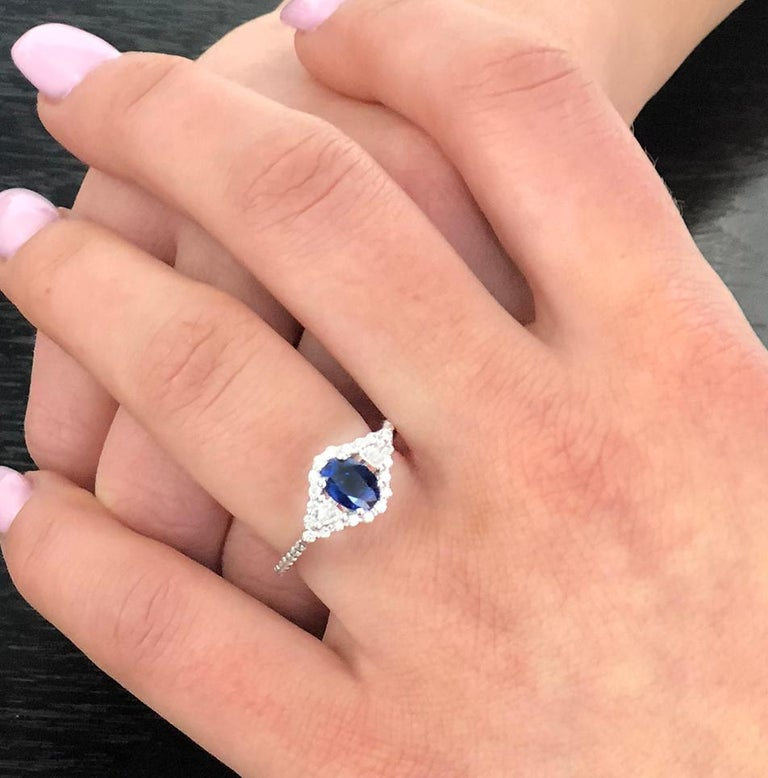 Oval Cut 18k White Gold 1.00 Carat Sapphire Diamond Cocktail Cluster Ring For Sale