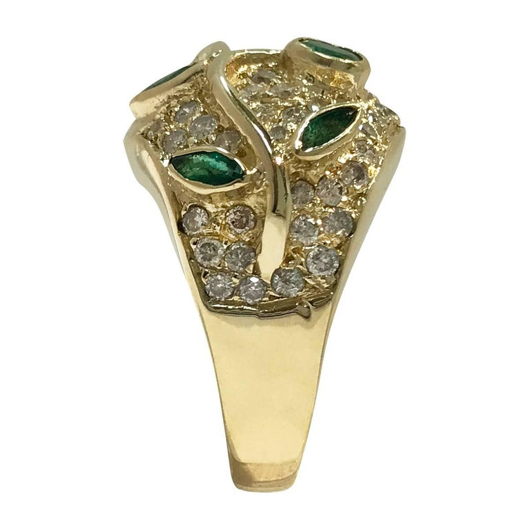 Round Cut Vintage Emerald and Diamond Gold Cocktail Ring For Sale
