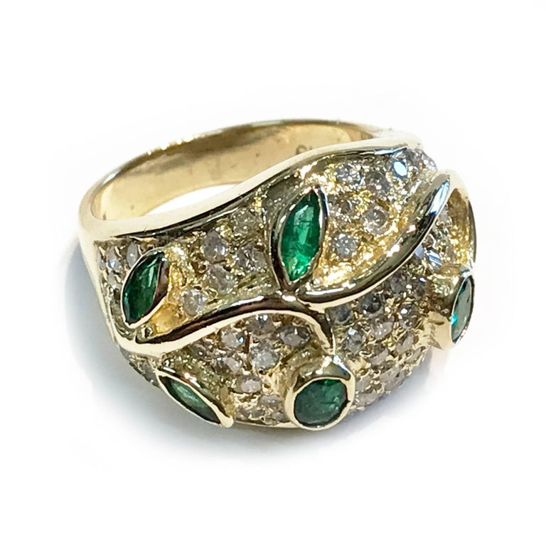 Vintage Emerald and Diamond Gold Cocktail Ring In Good Condition For Sale In Palm Desert, CA