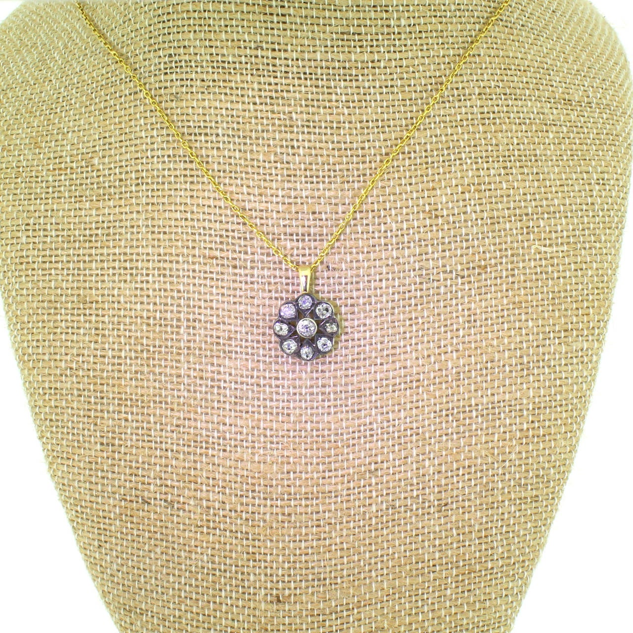 Victorian 1.20 Carat Old Cut Diamond Gold Cluster Pendant 4