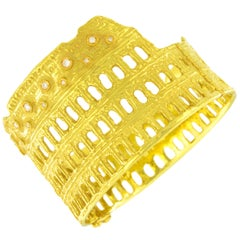 Sacchi Roman Colosseum 18 Karat Yellow Gold and Diamonds Gemstone Cuff Bracelet