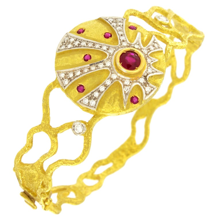 Sacchi Ruby and Diamonds Gemstone 18 Karat Yellow Gold Cuff Bracelet