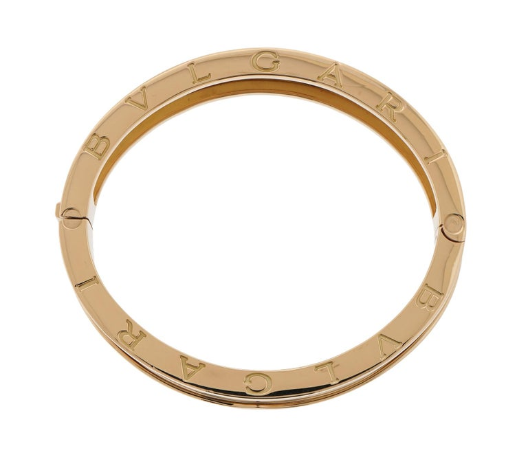 Bvlgari Bzero.1 Bangle Bracelet in 18 Karat Yellow Gold Large 4-Row In Excellent Condition For Sale In Chicago, IL