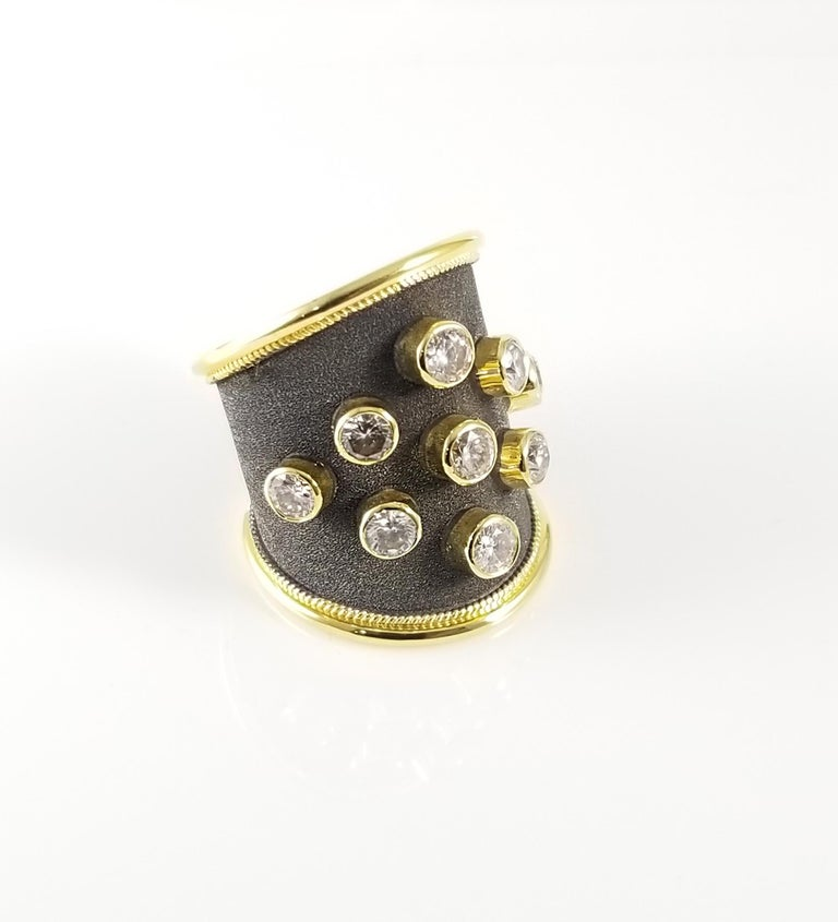 Georgios Collections Ring aus 18 Karat Gelbgold mit Diamanten und schwarzem Rhodium 2