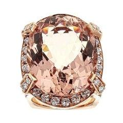 Morganite and Diamond 18 Karat Rose Gold Ring
