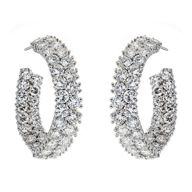 Contemporary 18 Karat White Gold And 10 0 Carat Diamond Earrings For
