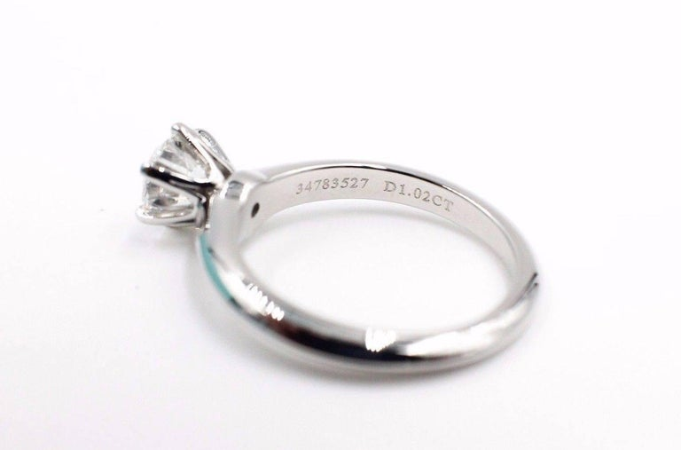 Tiffany & Co. Diamond Engagement Ring Round Solitaire 1.02 Carat H VS1 For Sale 1