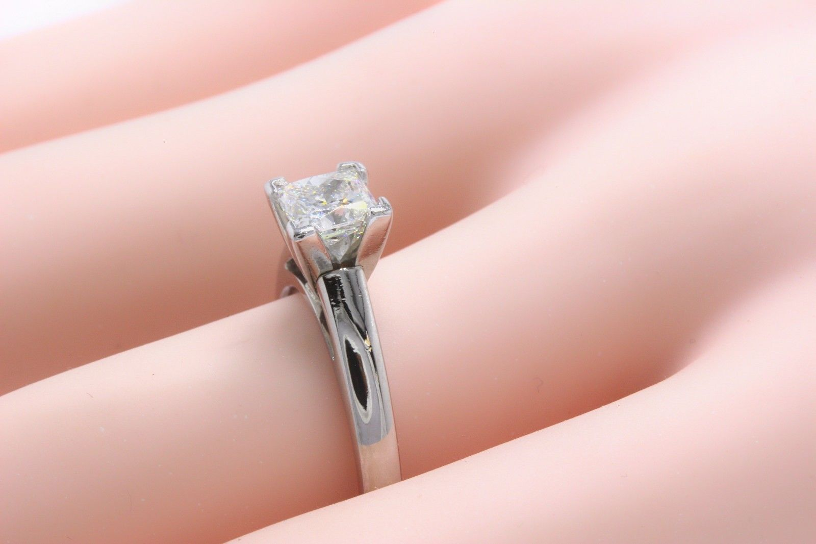 Leo Diamond Princess Cut 0.95 Carat H SI1 Solitaire Ring 14 Karat ...