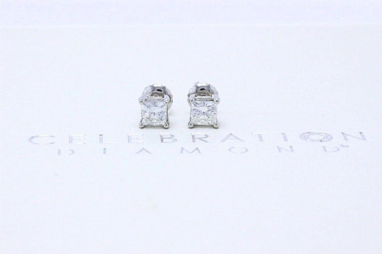 Celebration Princess Diamond Stud Earrings 0.98 TCW 18K White Gold w/Certificate In Excellent Condition For Sale In San Diego, CA