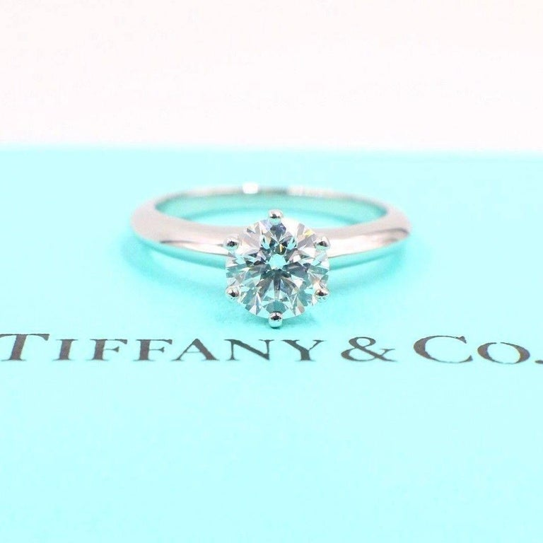 Tiffany & Co. Diamond Engagement Ring Round Solitaire 1.02 Carat H VS1 For Sale 5