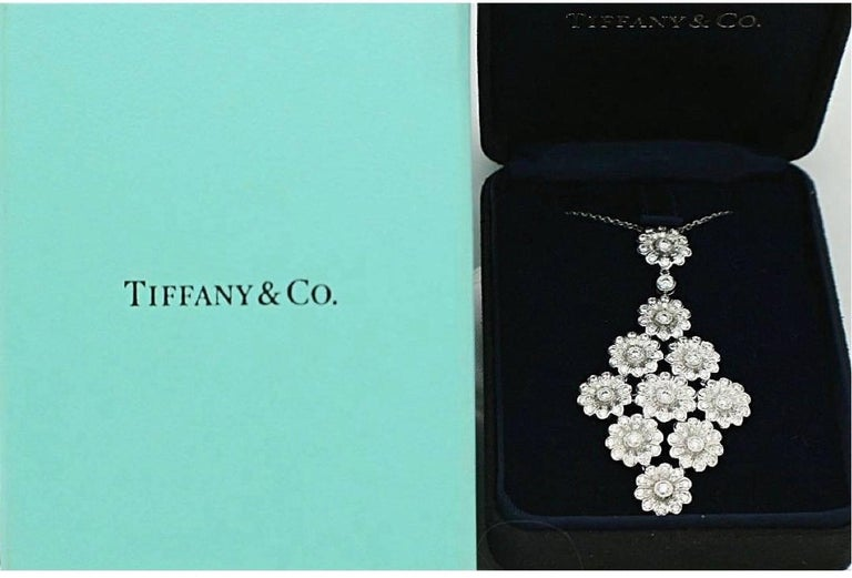 Tiffany & Co. Diamond Platinum Flower Daisy Cluster Pendant Necklace In Excellent Condition For Sale In San Diego, CA