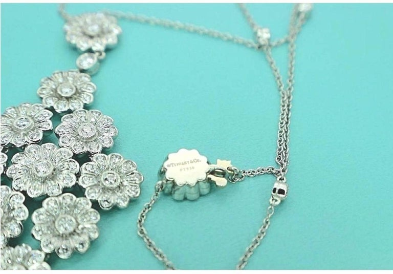 Women's or Men's Tiffany & Co. Diamond Platinum Flower Daisy Cluster Pendant Necklace For Sale