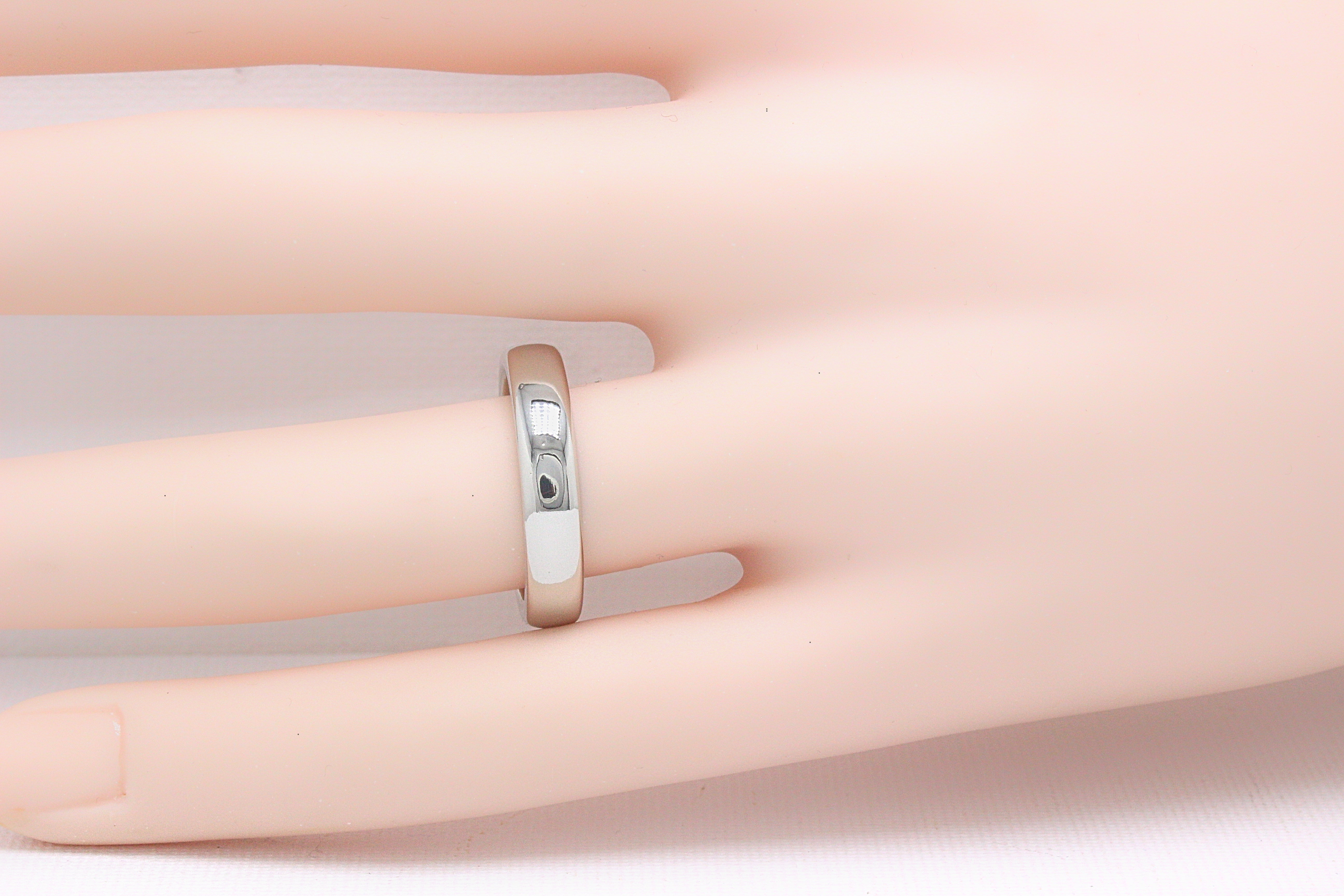 Tiffany and Co. Lucida Platinum Wedding Band Ring 4.5 MM For Sale at ...