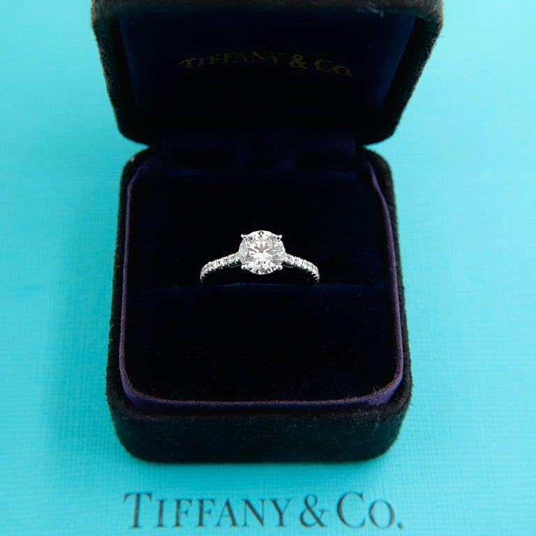 Tiffany & Co. Novo Round Diamond Engagement Ring 1.21 Carat in Platinum For Sale 3