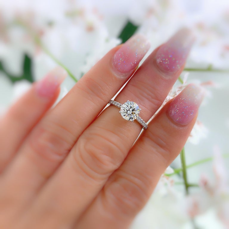 Tiffany & Co. Novo Round Diamond Engagement Ring 1.21 Carat in Platinum For Sale 4