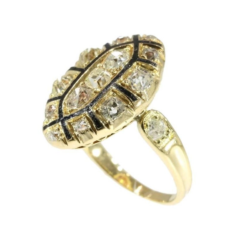18th Century Antique 1.50 Carat Diamond & Black Enamel 18 Karat Yellow Gold Ring For Sale 1