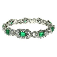 Certified 16.18 Carat Diamond and Colombian Emerald Bracelet 14 Karat White
