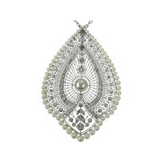 French Natural Pearls & 3.00 Carat Diamond Pendant Necklace 18 Karat White Gold