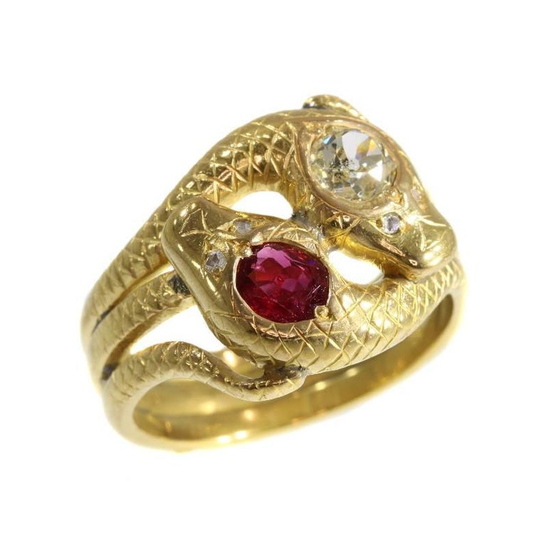 Victorian Ruby and Diamond 18 Karat Yellow Gold Double Snakes Ring For Sale 4