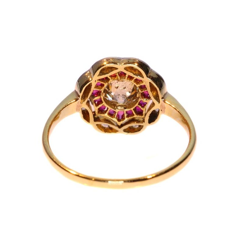 Art Deco Diamond and Ruby 18 Karat Yellow Gold Ring For Sale 4