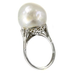 Platinum Art Deco Ring with Certified Pearl and Diamonds, circa 1920