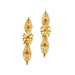 Antique Rococo 18th century Diamond and 19.2 Karat Yellow Gold Dangle Earrings