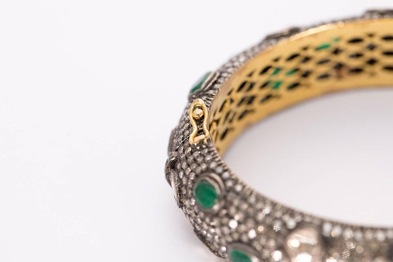 Anglo-Indian Rose Cut Diamond Emerald Silver and Gold Bracelet For Sale