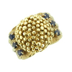18 Karat Yellow Gold Cluster and Sapphire Ring