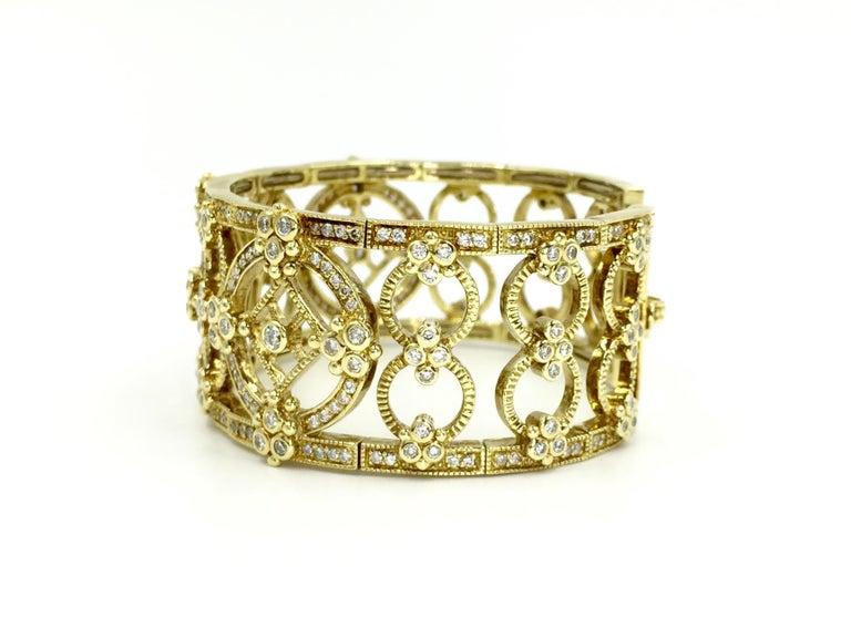 Victorian Judith Ripka Garland 18 Karat Yellow Gold Diamond Cuff Bracelet For Sale