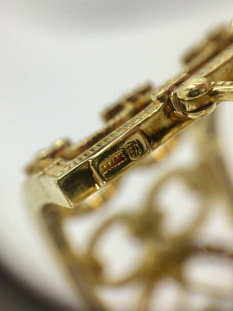 Judith Ripka Garland 18 Karat Yellow Gold Diamond Cuff Bracelet For Sale 1