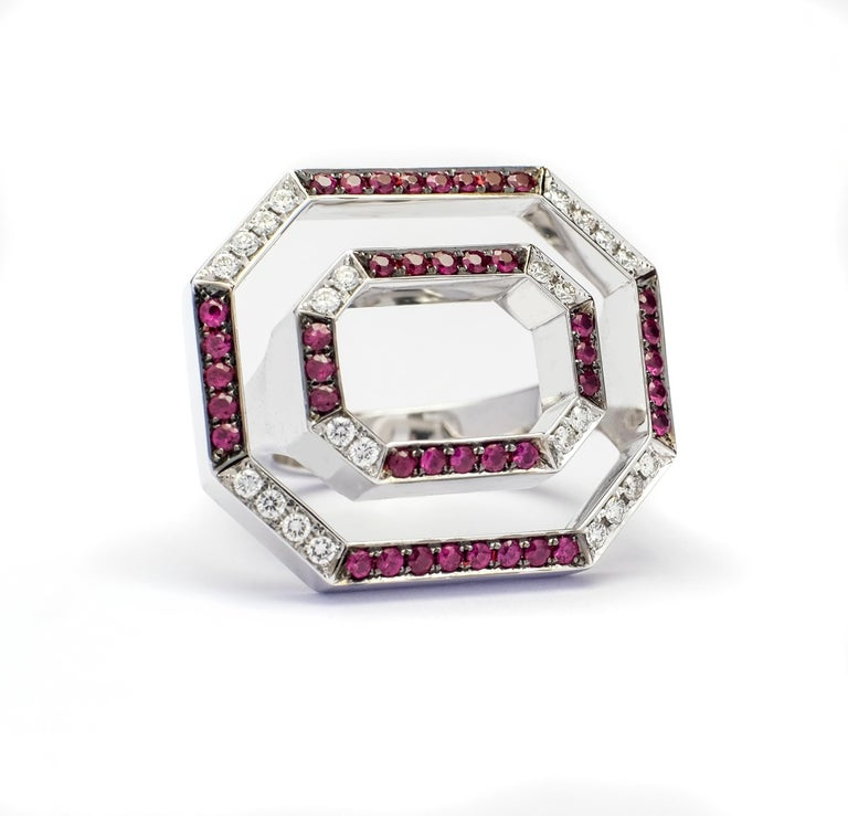 Contemporary Frohmann 14 Carat White Gold, Diamond and Ruby Aéré Cocktail, Ring In New Condition For Sale In Antwerpen, BE