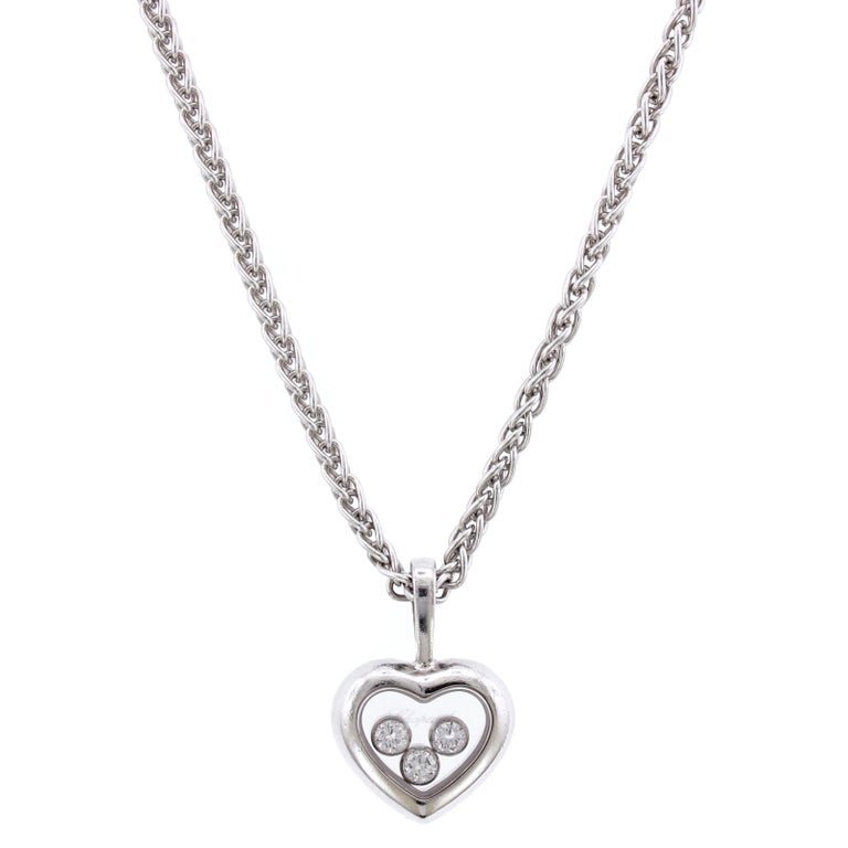 Chopard 18 Karat White Gold Happy Diamond Heart Pendant