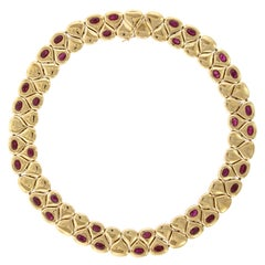 Chaumet 18 Karat Yellow Gold Ruby Necklace, Paris