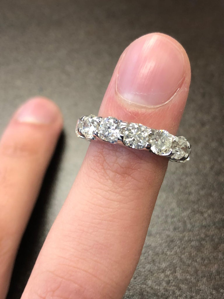 Platinum Eternity Ring 7 Carats. For Sale 3