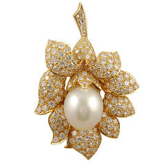 Van Cleef & Arpels Pearl Diamond Flower Brooch