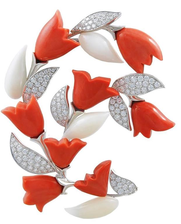 Van Cleef & Arpels Coral Diamond Gold Suite 2