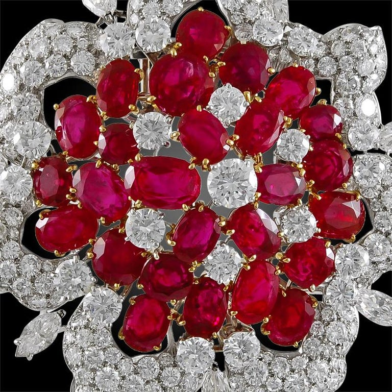Bulgari Diamond and Burma Rubies Brooch In Good Condition For Sale In New York, NY