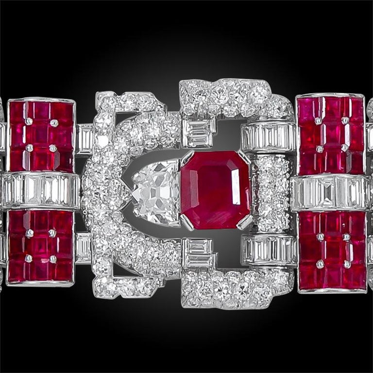 Important 1930s Van Cleef & Arpels Diamond and Ruby Bracelet In Good Condition For Sale In New York, NY