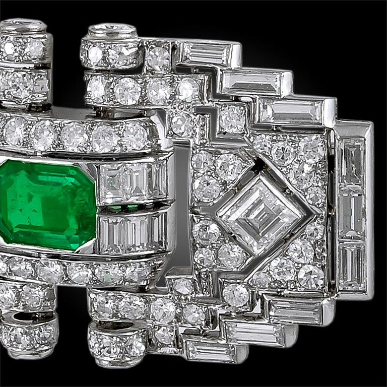 Mauboussin Diamond Emerald Brooch In Good Condition For Sale In New York, NY