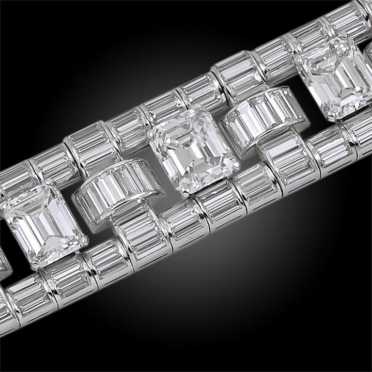 Women's Important Trabert & Hoeffer Mauboussin Diamond Bracelet For Sale