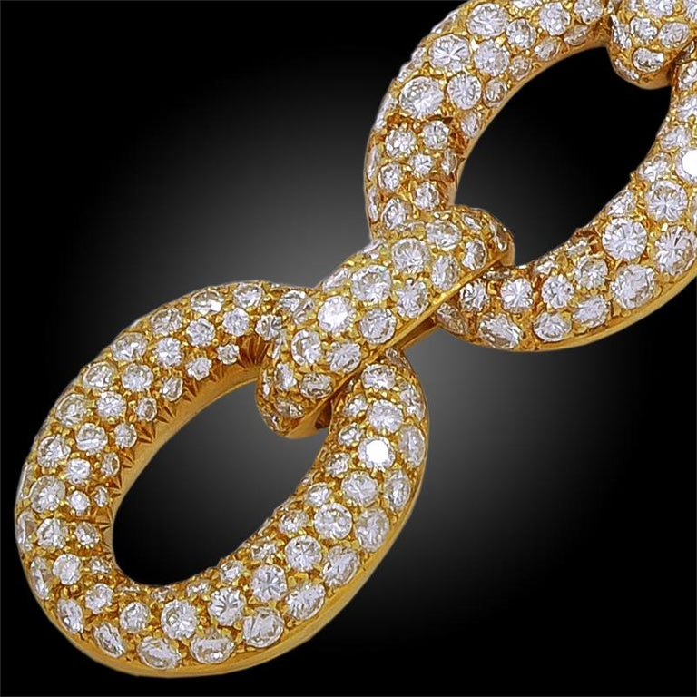 1970s Van Cleef & Arpels Diamond Gold Link Bracelet In Good Condition For Sale In New York, NY