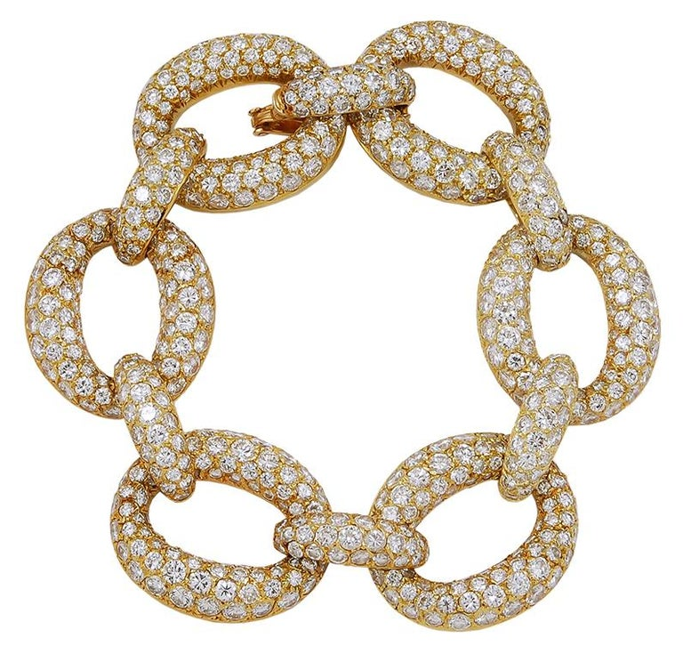 1970s Van Cleef & Arpels Diamond Gold Link Bracelet For Sale