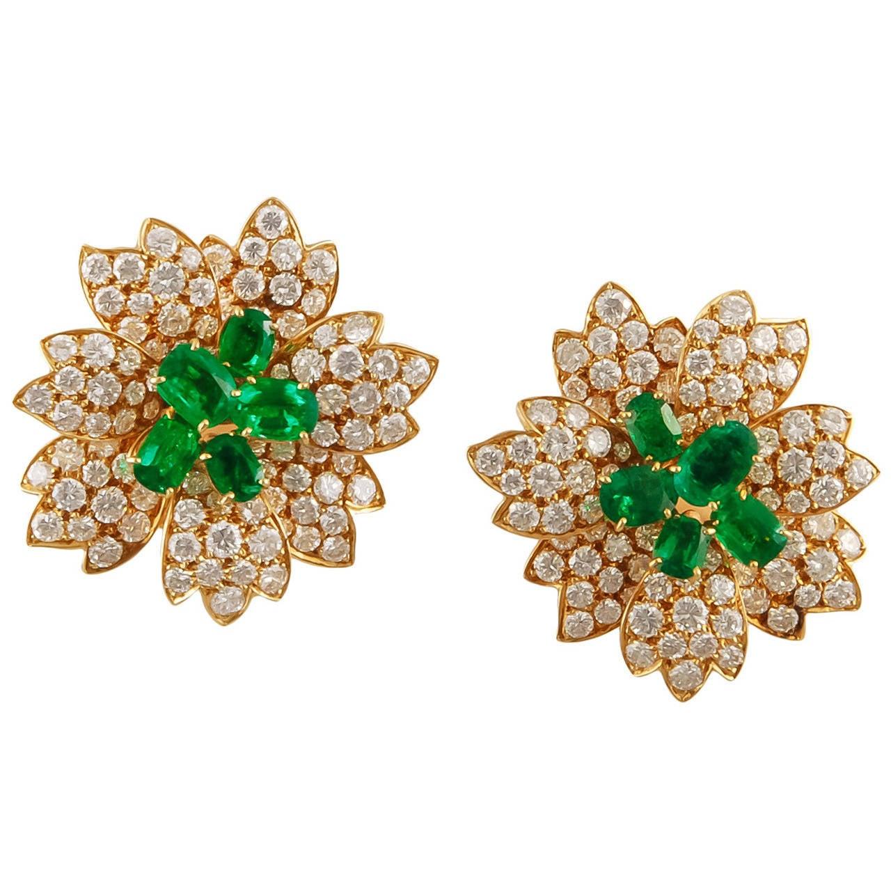 Van Cleef & Arpels Diamond Emerald Earrings