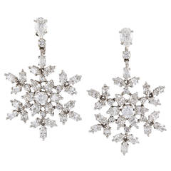 Harry Winston Diamant de Neige Diamond Snowflake Earrings