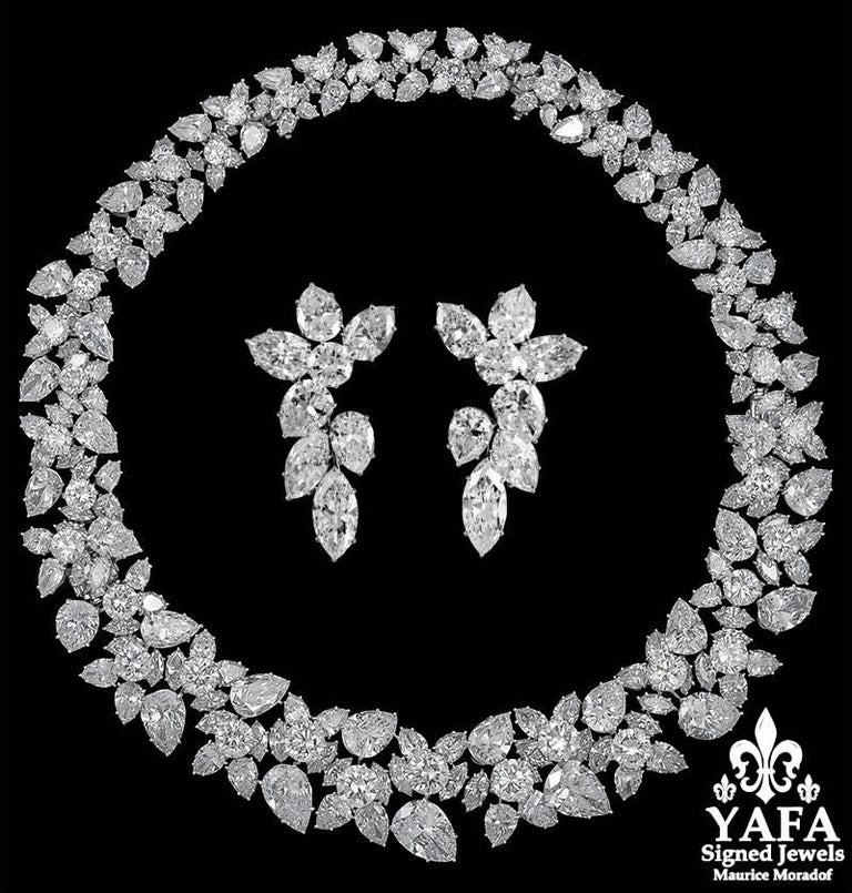 Platinum pear-shaped, marquise and round diamond wreath necklace, signed Harry Winston. Part of the estate collection of Mrs. Betsy Bloomingdale  Circa 1960s Diamond weighing approx. 145 cts. with 10 GIA certificates