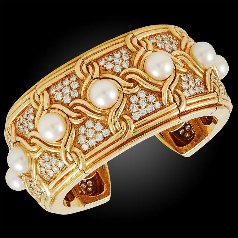 Van Cleef & Arpels Diamond Pearl Gold Cuff Bangle For Sale 1