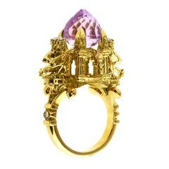 18 Karat Yellow Gold, 4.00 Carat Kunzite, 0.32 Carat Diamond, Cathedral Ring