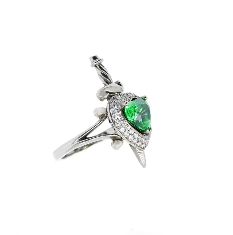 18kt White Gold, 1.5 Carat Tsavorite Garnet and 0.3 Carat Diamond Ring In New Condition For Sale In Fitzroy, AU