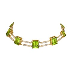 18 Karat Yellow Gold Diamond Peridot Line Choker