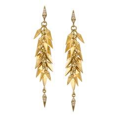 18 Karat Yellow Gold Trickling Stardust Dangle Earrings